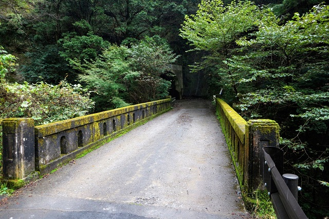 神戸岩 戸岩橋